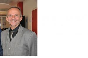 Franck Brillet est chercheur associé au laboratoire Vallorem (Université de Tours) et docteur habilité à diriger des recherches en sciences de gestion.