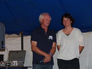 Juliette Petres, ici avec Yves Damon, président du club de voile Joué-Ballan.