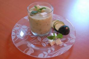 soupe froide Courgette-Menthe-Feta