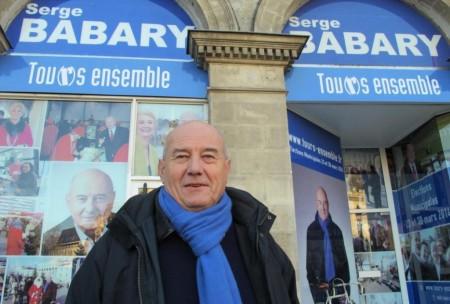Serge Babary a installé sa permanence de campagne place Jean-Jaurès.