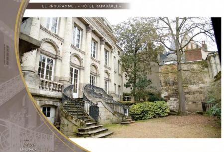 L'Hôtel Raimbault est situé dans le Vieux-Tours.
