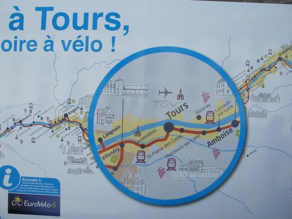 """Tours, capitale """"naturelle"""" d'une future région ligérienne."""