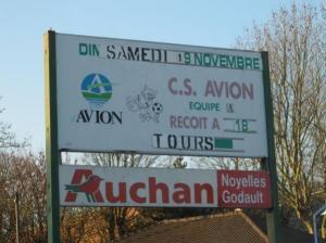 Qualifié Auchan d'honneur, le Tours FC.