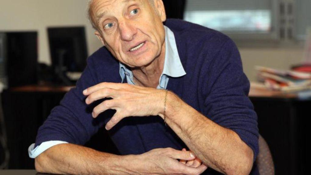 Jean Hatzfeld, interviewé en décembre 2015 pour La Nouvelle République (Photo Patrice Deschamps)