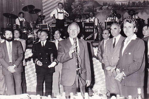 André Chartier et Edith Cresson lors d'une inauguration de la foire-expo. A gauche, Jamy Ferragu, adjoint aux finances de l'époque.