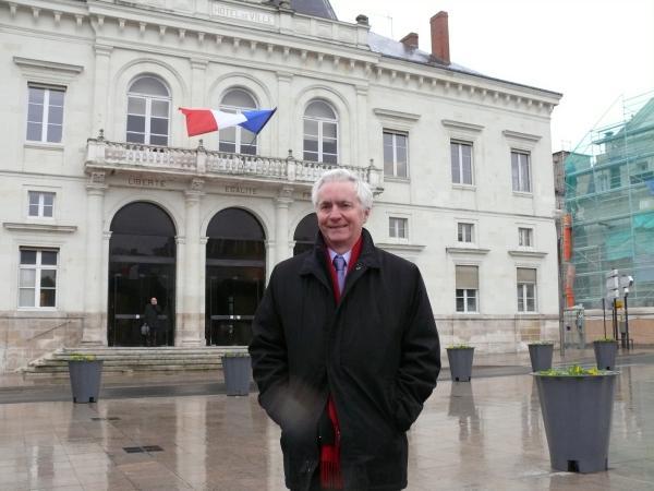 Jean-Pierre Abelin en 2008 lors de l annonce de sa candidature à la mairie