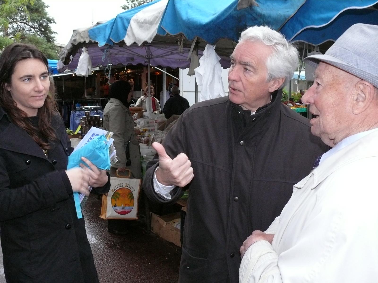 Jean-Pierre Abelin en campagne des legislatives en 2007