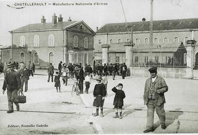 Les salariés de la Manu se retrouvent dans des syndicats dès 1894.